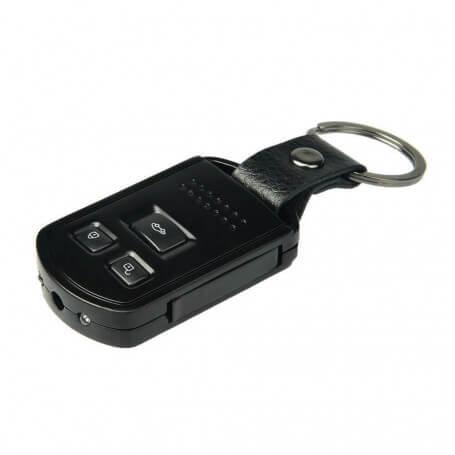 Clé voiture caméra avec vision infrarouge - Laclé espionfigure parmi les accessoires incontournables de sa g