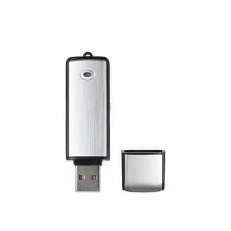 Clé USB micro espion couleur argent et noir - Cette clé USB se décline en deux versions, 8 GB et 16 GB. Elle vous